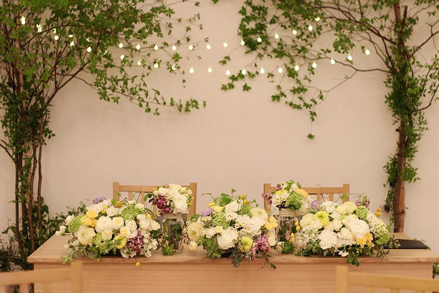 メインテーブル 装花 ナチュラル
