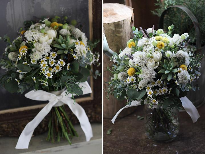 マトリカリアと野の花,多肉植物のナチュラルクラッチブーケ