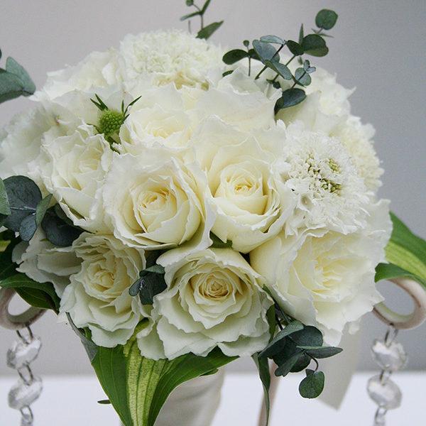 白バラのブーケトス用花束